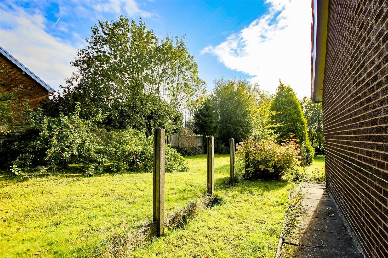 5 Bedroom Building Plot Land For Sale - Image 16
